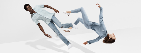 Picture of Gap Add people in jeans